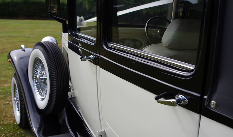 Wedding car hire in Stratford-upon-Avon